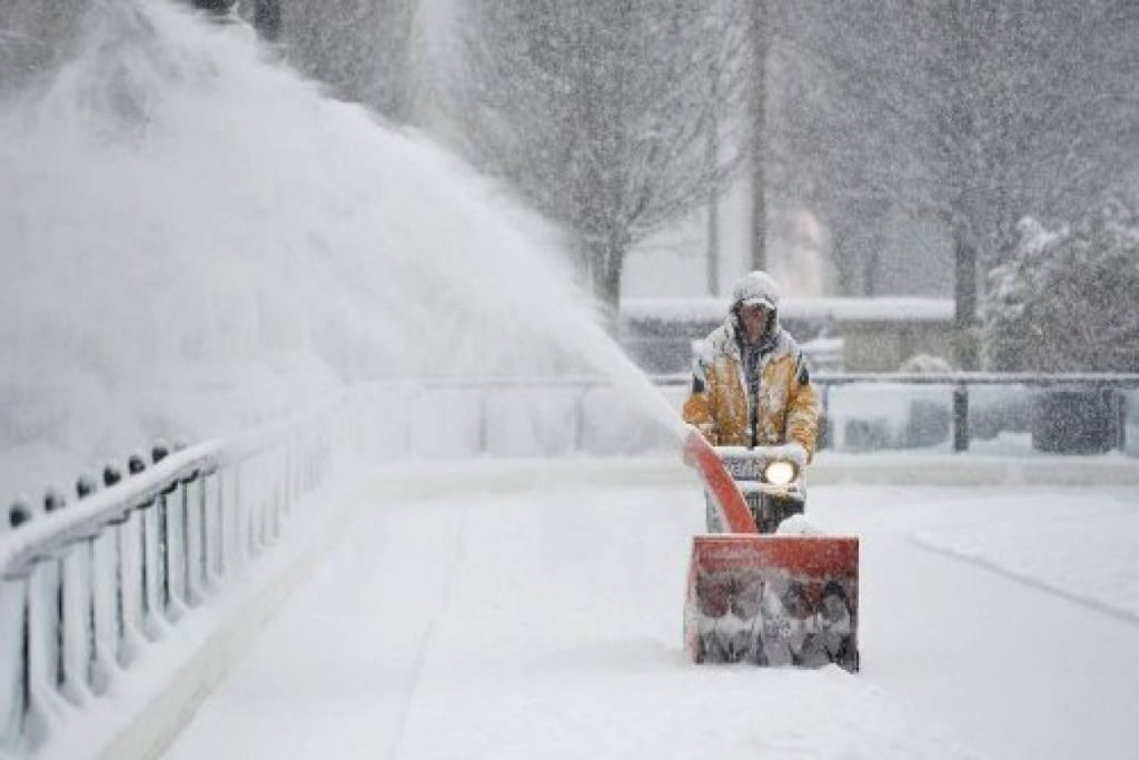 Ковш для уборки снега для нивы